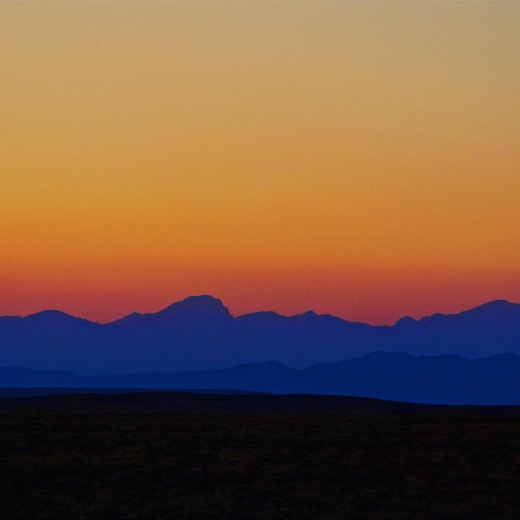 The Wind River Range of Wyoming runs along the continentalhellip